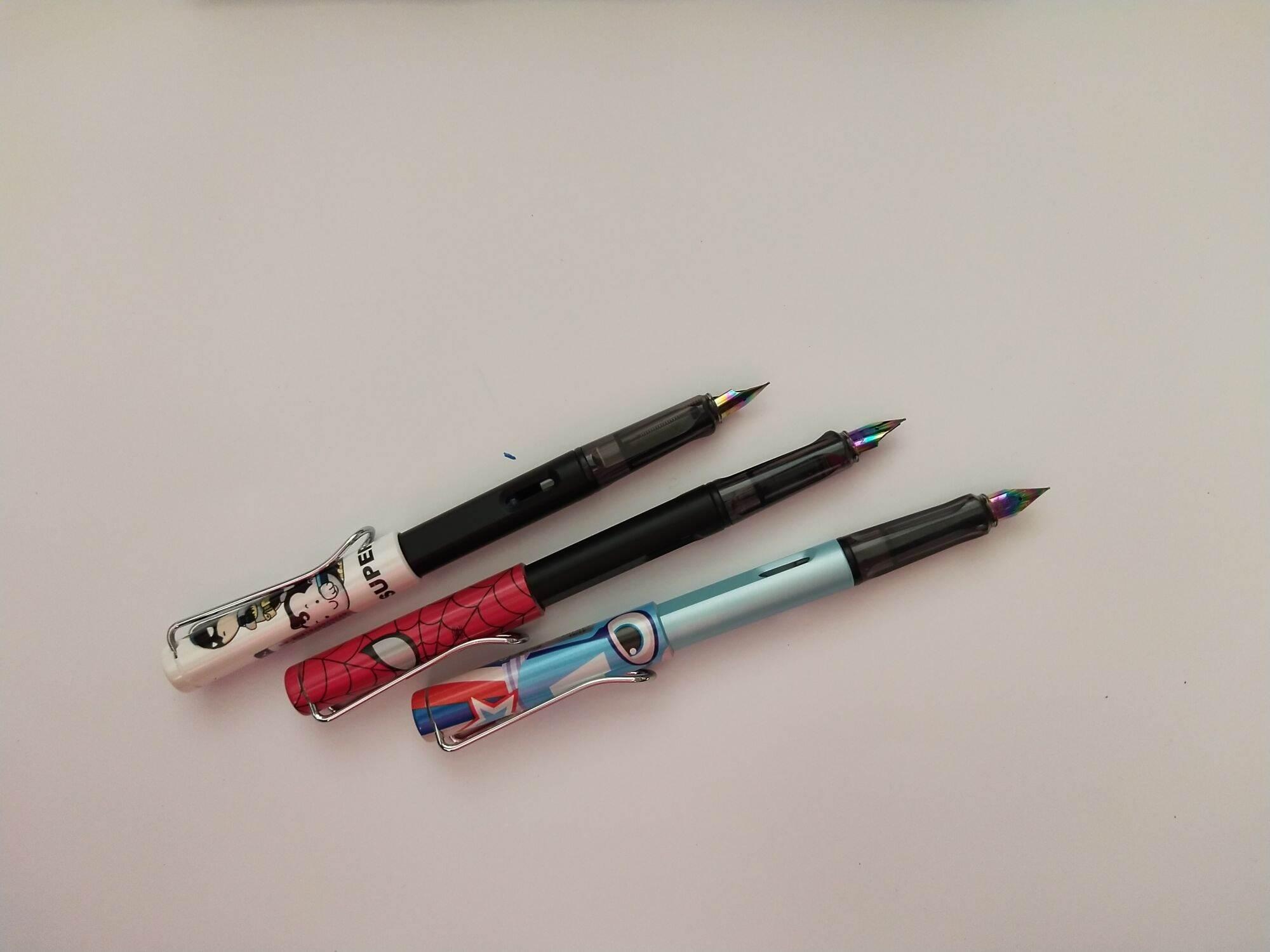 Mua viết máy bôi được cho em nhỏ vừa luyện chữ vừa có thể bôi nét sai tiện ích