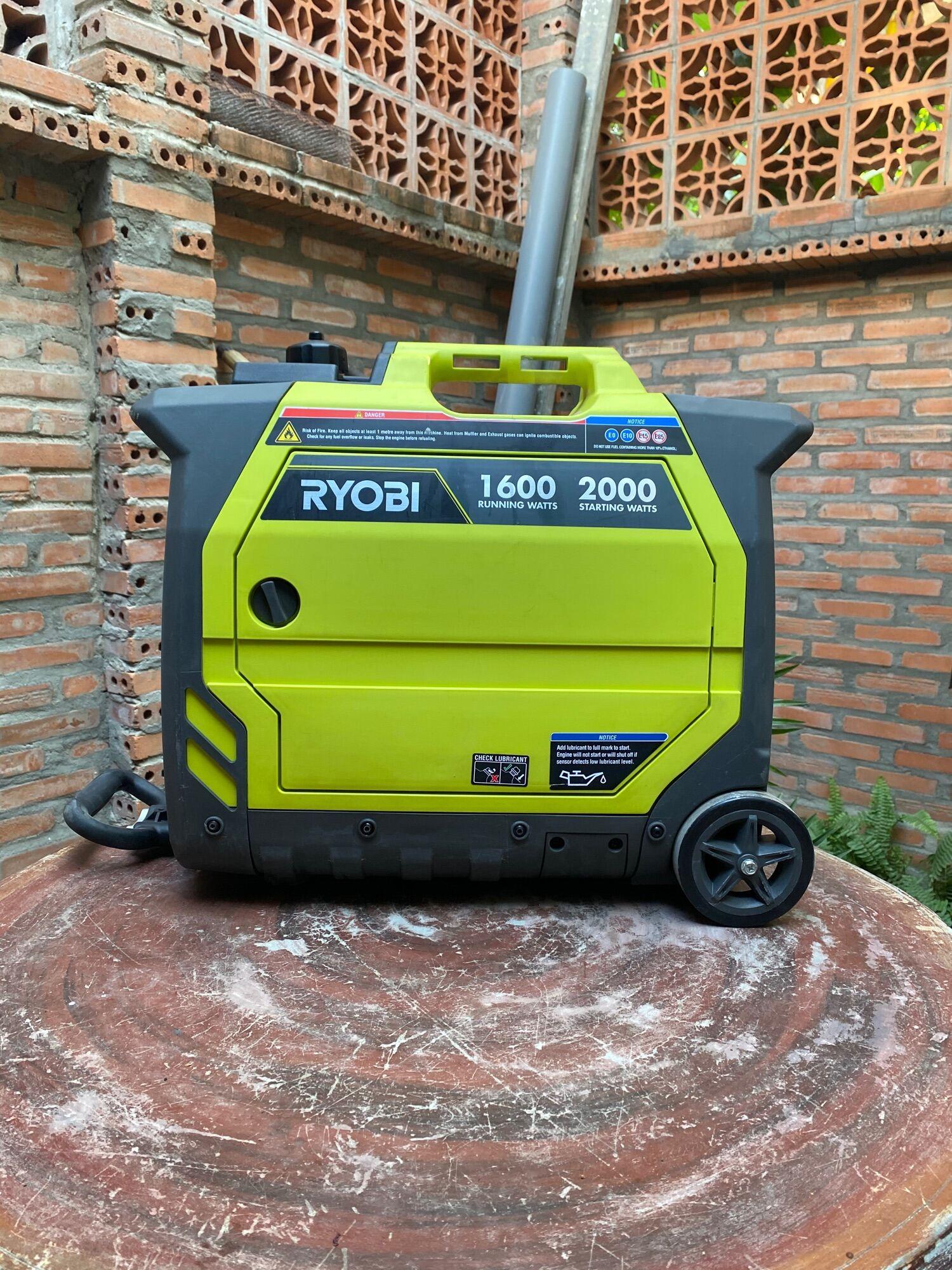Máy Phát Điện Cách Âm INVERTER Ryobi 2000w RIG200PCB