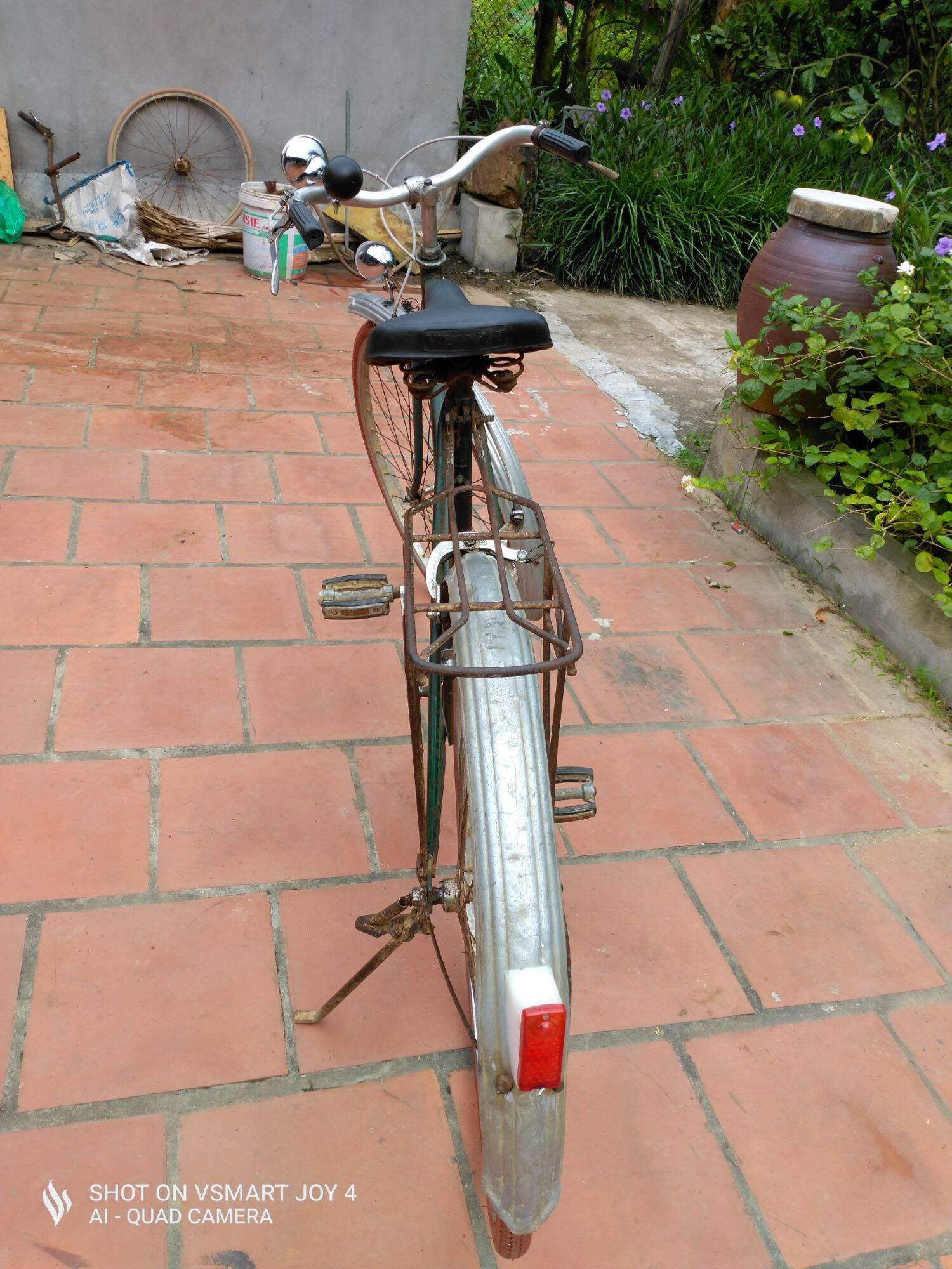 Mua xe đạp thống nhất sx 1975