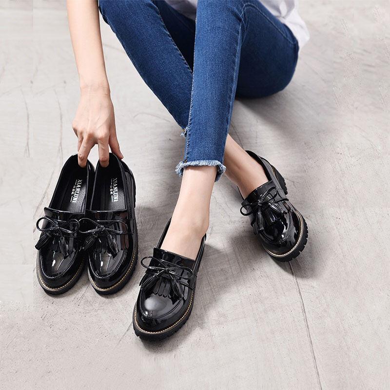 Giày Da Lefu Anh Cỡ Lớn 41 42 Giày Công Sở Da Sơn Màu Đen Xỏ Chân Nơ Bướm Tua Rua Mẫu Mới Cho Nữ thumbnail